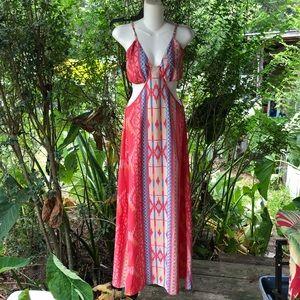 Elan Cut Out Summer Maxi Dress